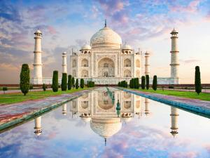 8D INCREDIBLE INDIA & ROMANTIC KASHMIR TOUR